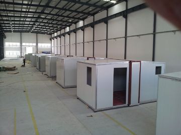 High quality Foldable Portable Emergency Shelter / After-Disaster Housing / Sandwich Panel Housing